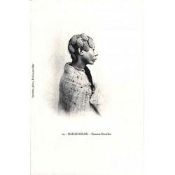 MADAGASCAR - Femme Betsiléo