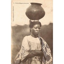 Femme malgache Antemoro