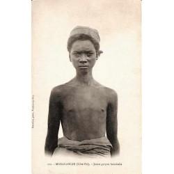 Jeune garçon Antaisaka