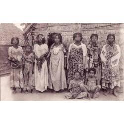MADAGASCAR - Femmes sakalaves