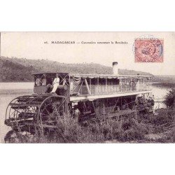 MADAGASCAR - Canonnière...