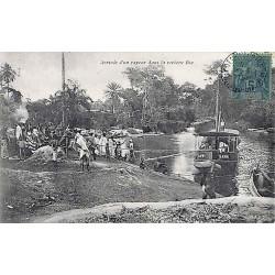 Arrivée d'un vapeur dans la rivière Bia