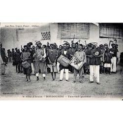 Côte d'Ivoire - BONDOUKOU - Tam-tam guerriers