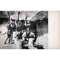 COTE D'IVOIRE - Préparation du couscous